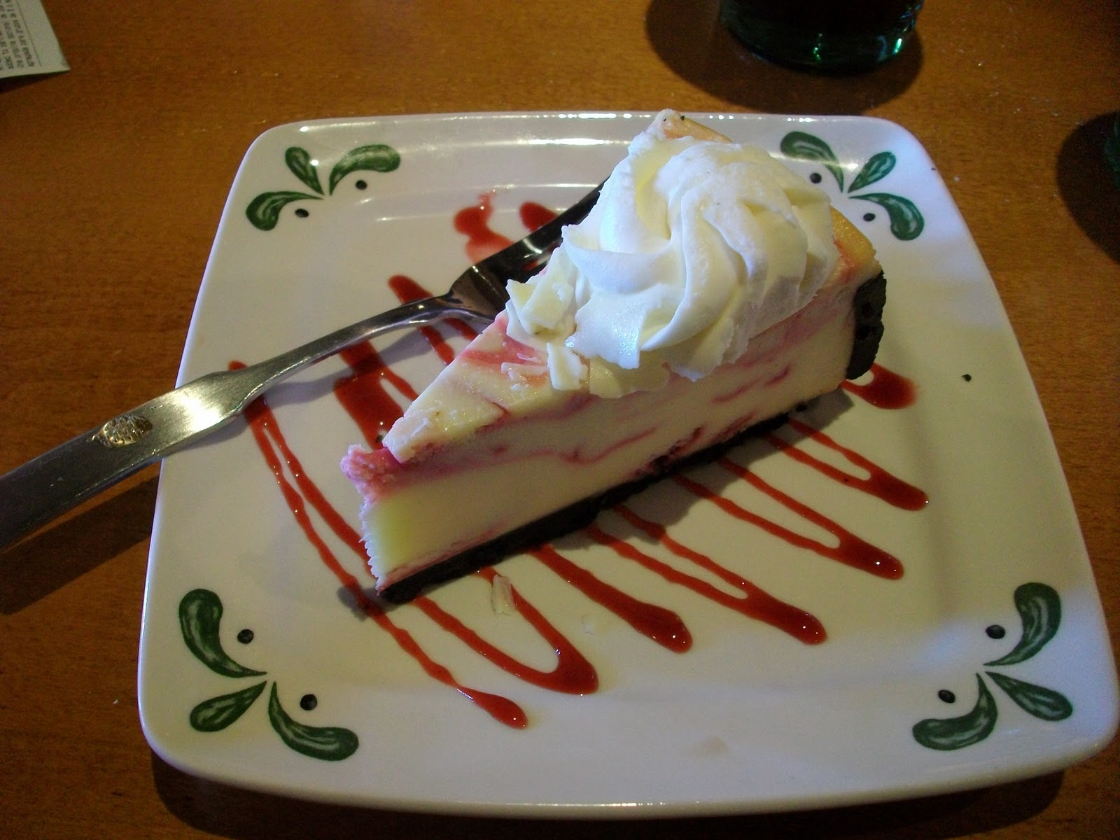 White Chocolate Raspberry Cheesecake Olive Garden White chocolate    Olive Garden White Chocolate Raspberry Cheesecake