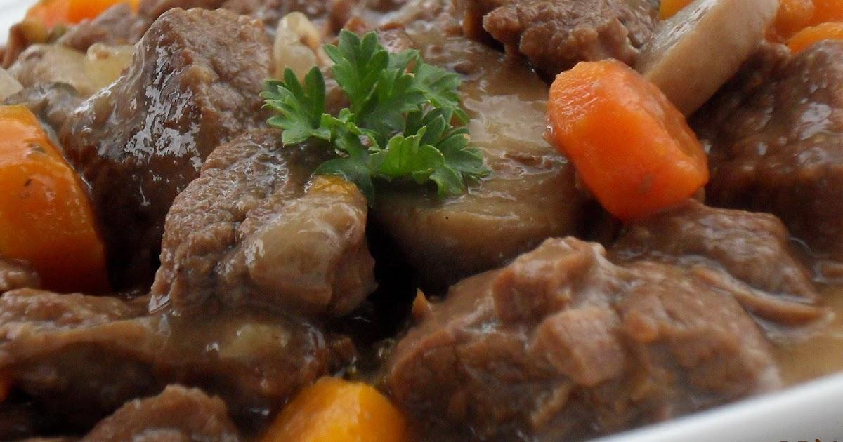 Dans la cuisine de Blanc-manger: Boeuf Bourguignon (mijoteuse)