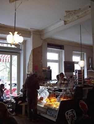 Cafe Rudimarie Weichselplatz Berlin-Neukölln