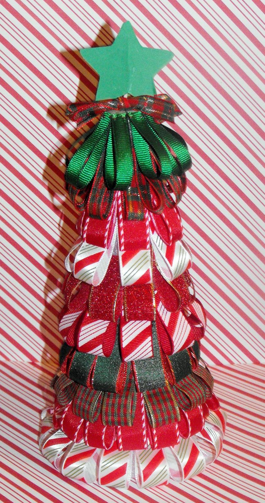 http://1.bp.blogspot.com/_chSWwsAhn0o/TPIFd9gZQxI/AAAAAAAACwE/asKiIK7cMGo/s1600/moms+ribbon+looped+tree.jpg