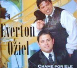 Everton-e-Oziel-Chame-Por-Ele-2010