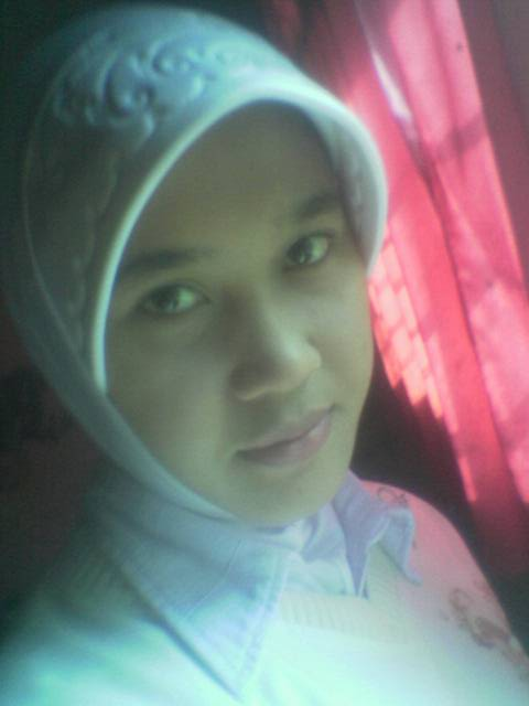 [model+idol+artis+jilbab+03.jpg]