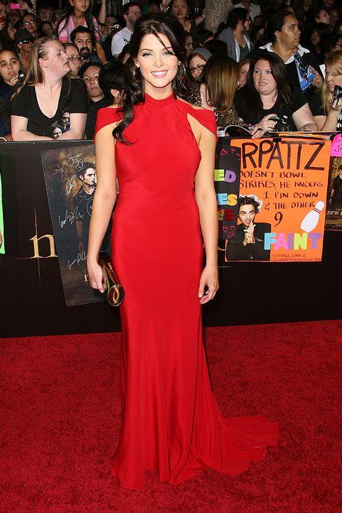 Ella es mi pasado Ashley_Greene-The_Twilight_Saga_New_Moon_premiere_in_Los_Angeles