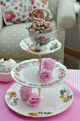 Shabby Chic Cake Stand