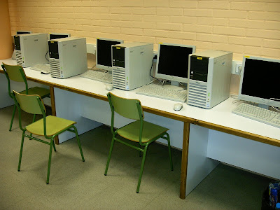 Ofimobles mobiliario escolar mesas para ordenadores a - Mesas para ordenadores ...