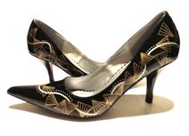 Bachi shoes logo