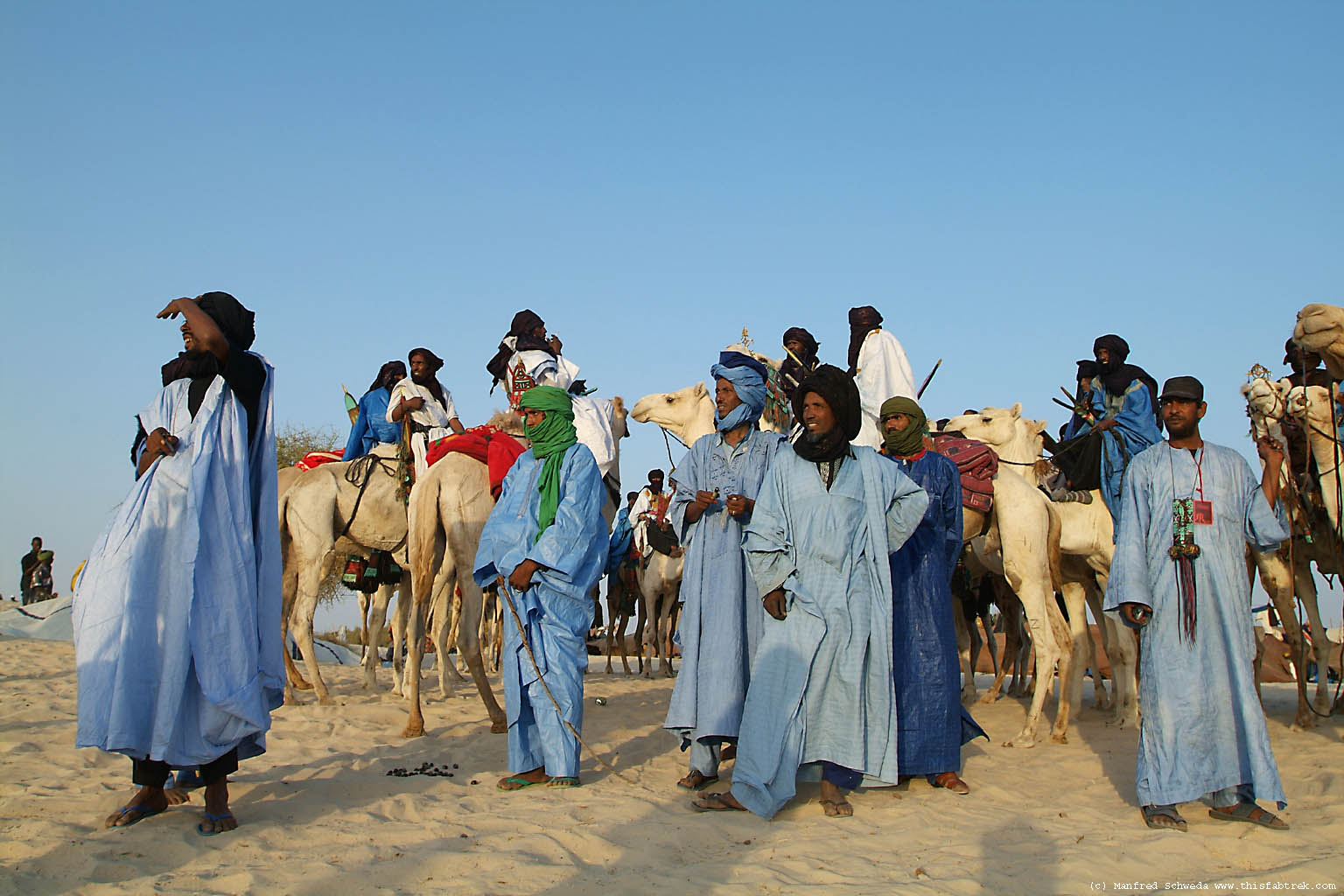 tuareg tribe Air cross air cross because of this the tuareg tribes people moved south from the hoggar mountains of algeria and resettled in the air mountains of niger.