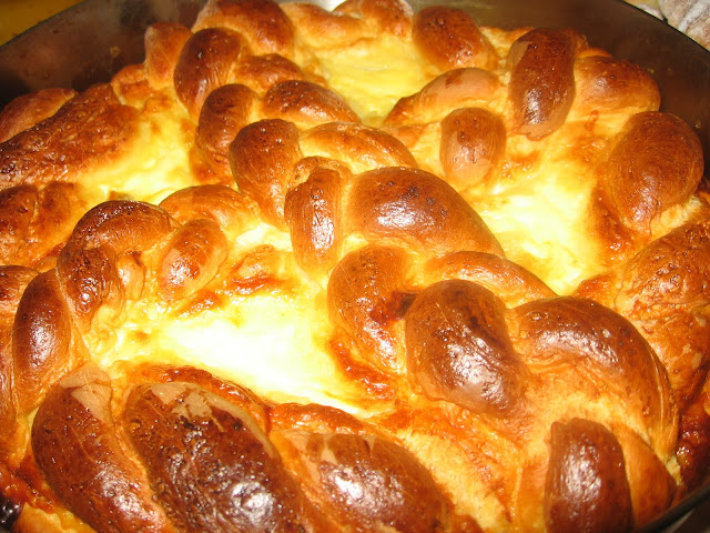 "Espresso Style: Easter ""pasca"" (romanian speciality bread with chee..."