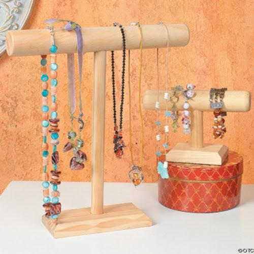 Bead up the journey of handmade jewelry do it yourself for Jewelry displays