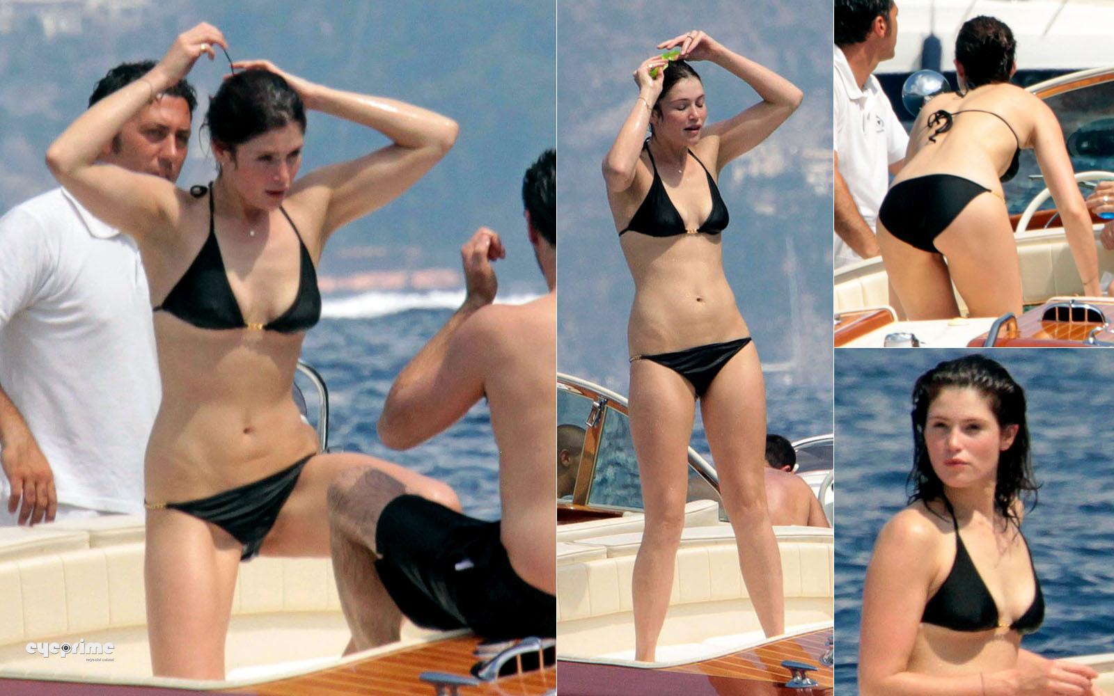 arterton bikini Gemma