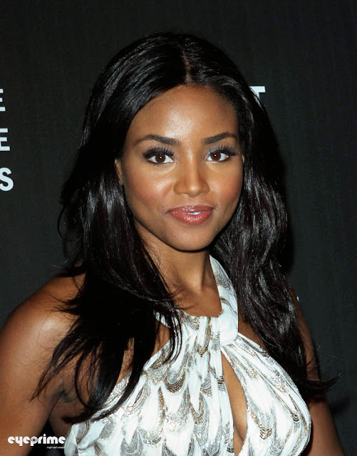 Meagan Tandy Attends La Fashion Weekend Spring 2011 Collection In