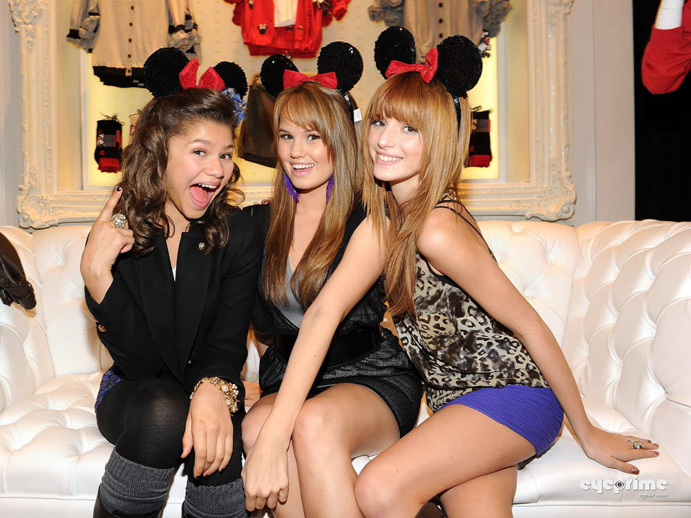 Bella Thorne attends the Minnie Muse Collection Launch in Hollywood Nov 16