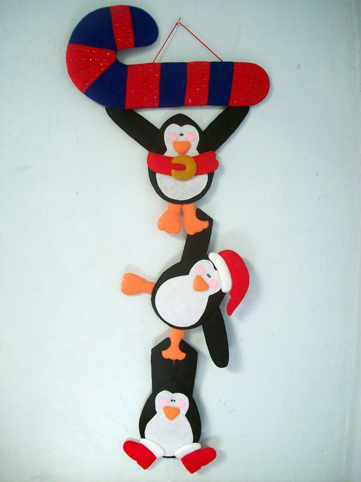 Shexeldetallitos blog de manualidades pinguinos colgados de un baston de fieltro - Manualidades en fieltro para navidad ...