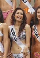Nadine Chandrawinata, Miss Indonesia, Perawan Seksi, foto artis indonesia, gadis perawan bugil artis Indonesi