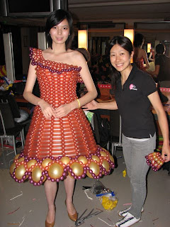 cute model with balloon dress