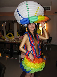 giant cap made from balloon