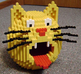 lego birdhouse - cat mouse opening for bird entrance