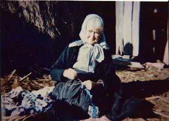 TERESA BECHINA - Uma senhora de Vagos - 98 anos