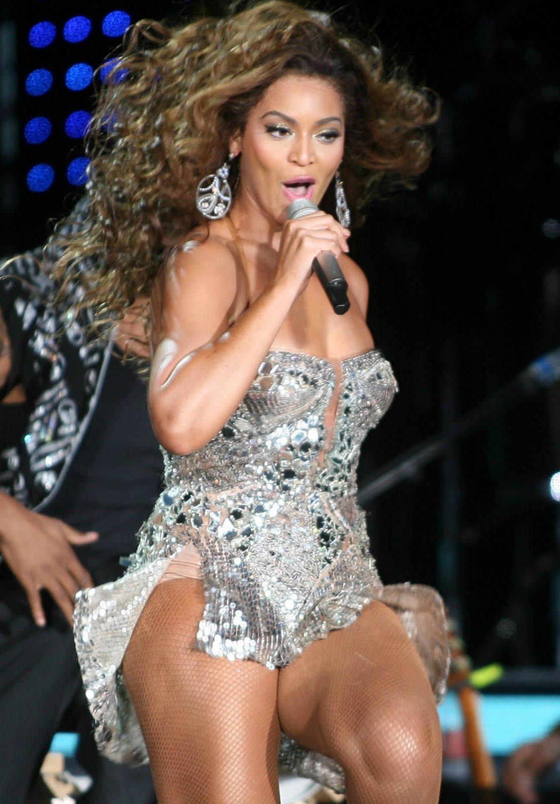 http://1.bp.blogspot.com/_csogD6ptEnI/SwOwsMn_ROI/AAAAAAAAD08/JfjeuWzri3I/s1600/Beyonce_Knowles_10.jpg