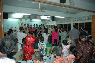 LIFE IS GREAT: An Evening at Sino English School, Seremban
