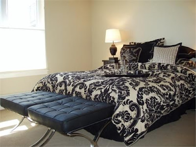 Bedroom Ideas in Black 'n' White -Get Inspired !!