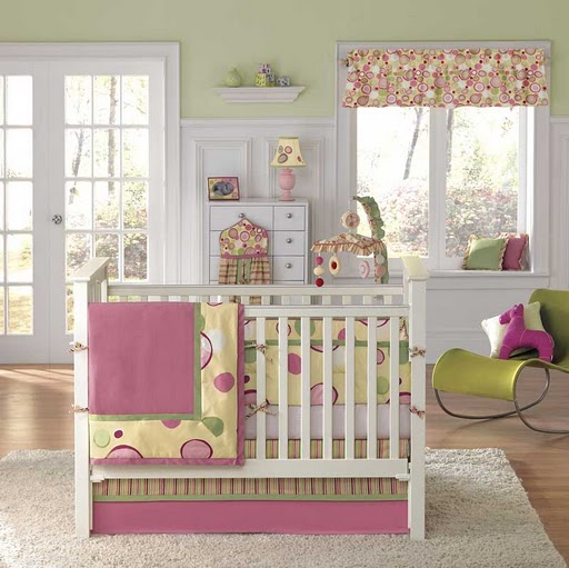 Bedroom for your little baby girl !