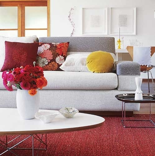 Lush color for your home interior decorating home design for Ivory couch living room ideas