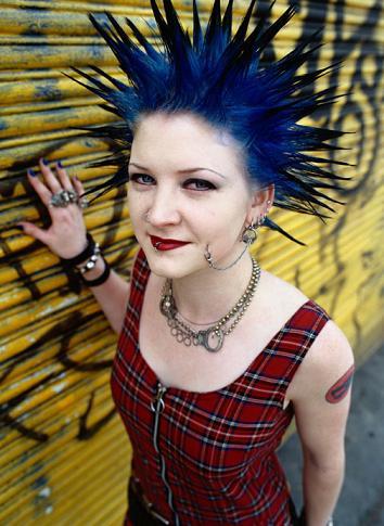 Hair Makeover Games on Punk Makeover Games   Yalanpara
