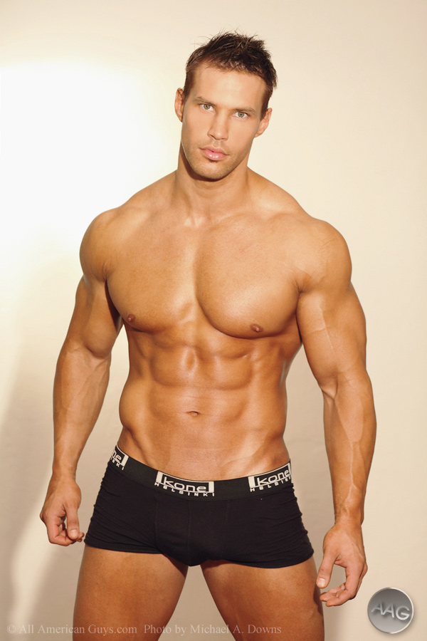 Muscles Unattractive And Even Gross If Too Much I Much Prefer Fit Lean Guys Like This Or This Over Those With Ridiculous Amount Of Muscles And A Body