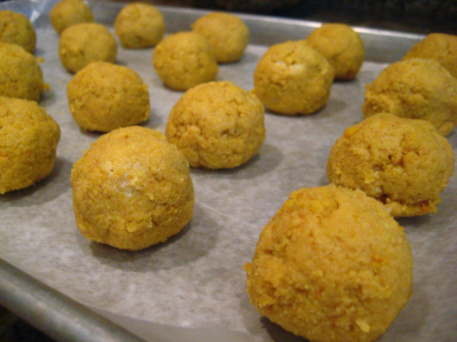 """Pumpkin-Spiced Mini """"Cake"""" Balls Recipe — Dishmaps"""
