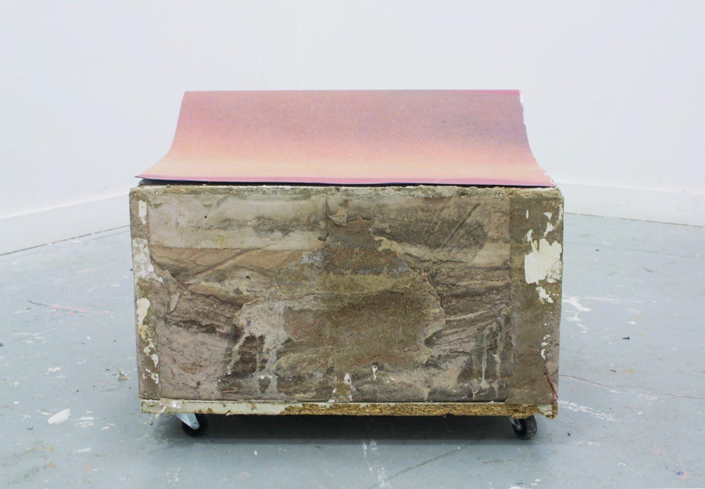 http://1.bp.blogspot.com/_cxVpbVEto8Q/TGrBzJTsJEI/AAAAAAAAAIo/tAjQC-JMehE/s1600/concrete+steen+2.jpg