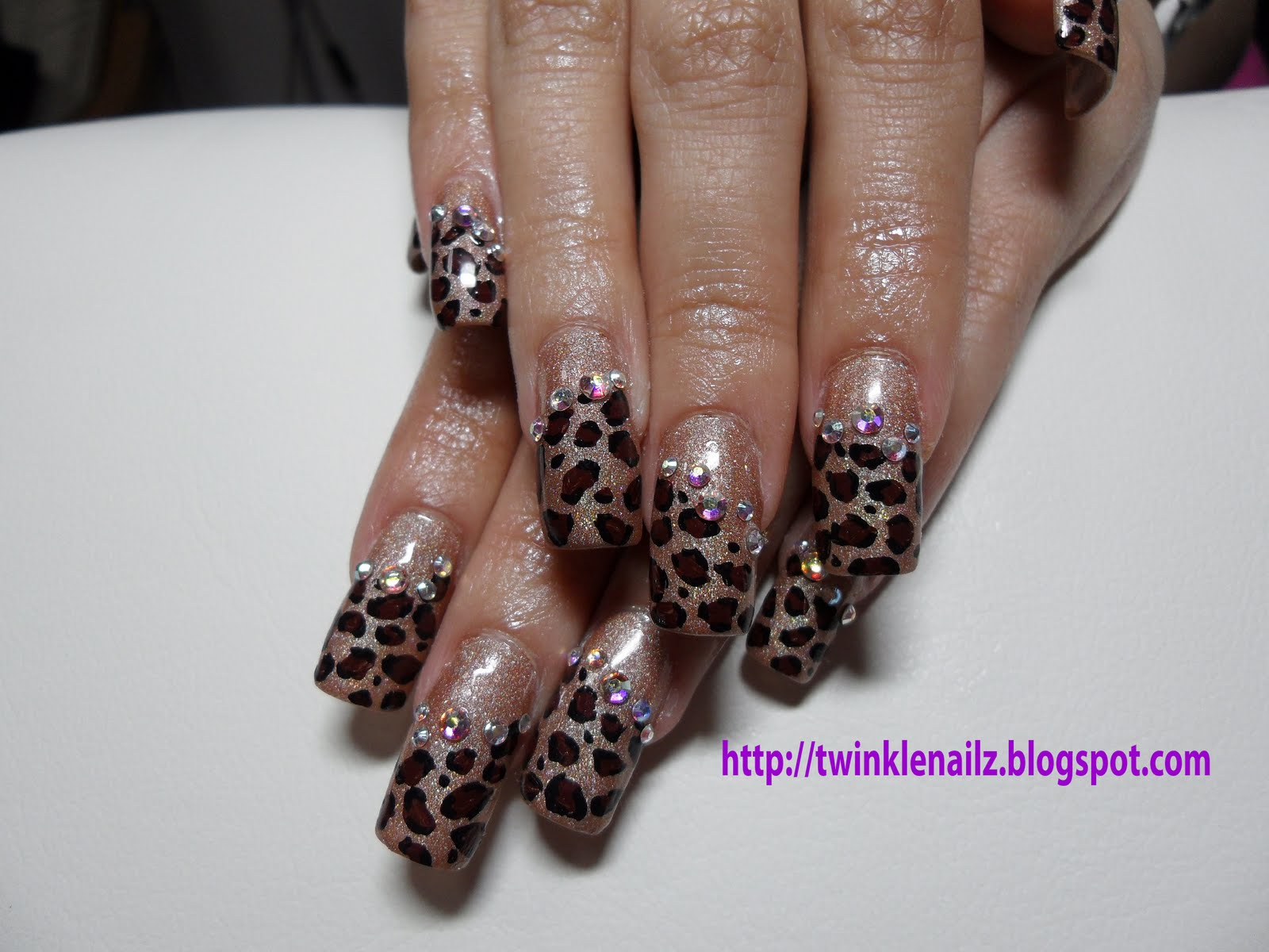 Acrylic Nails, inlay nail art - TWINKEL NAILZ