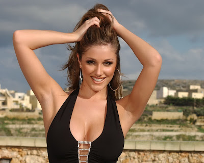 Lucy Pinder in Classy and Sexy Black Sleeveless Dress Fashion Model Photo Shoot Session