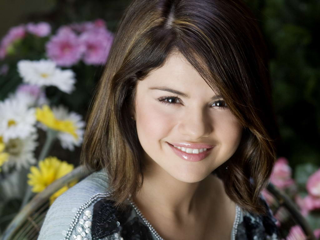 Selena Gomez in Wonderful