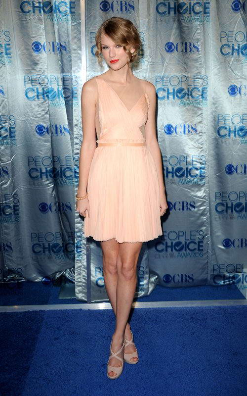taylor swift dress people. under Taylor Swift and you