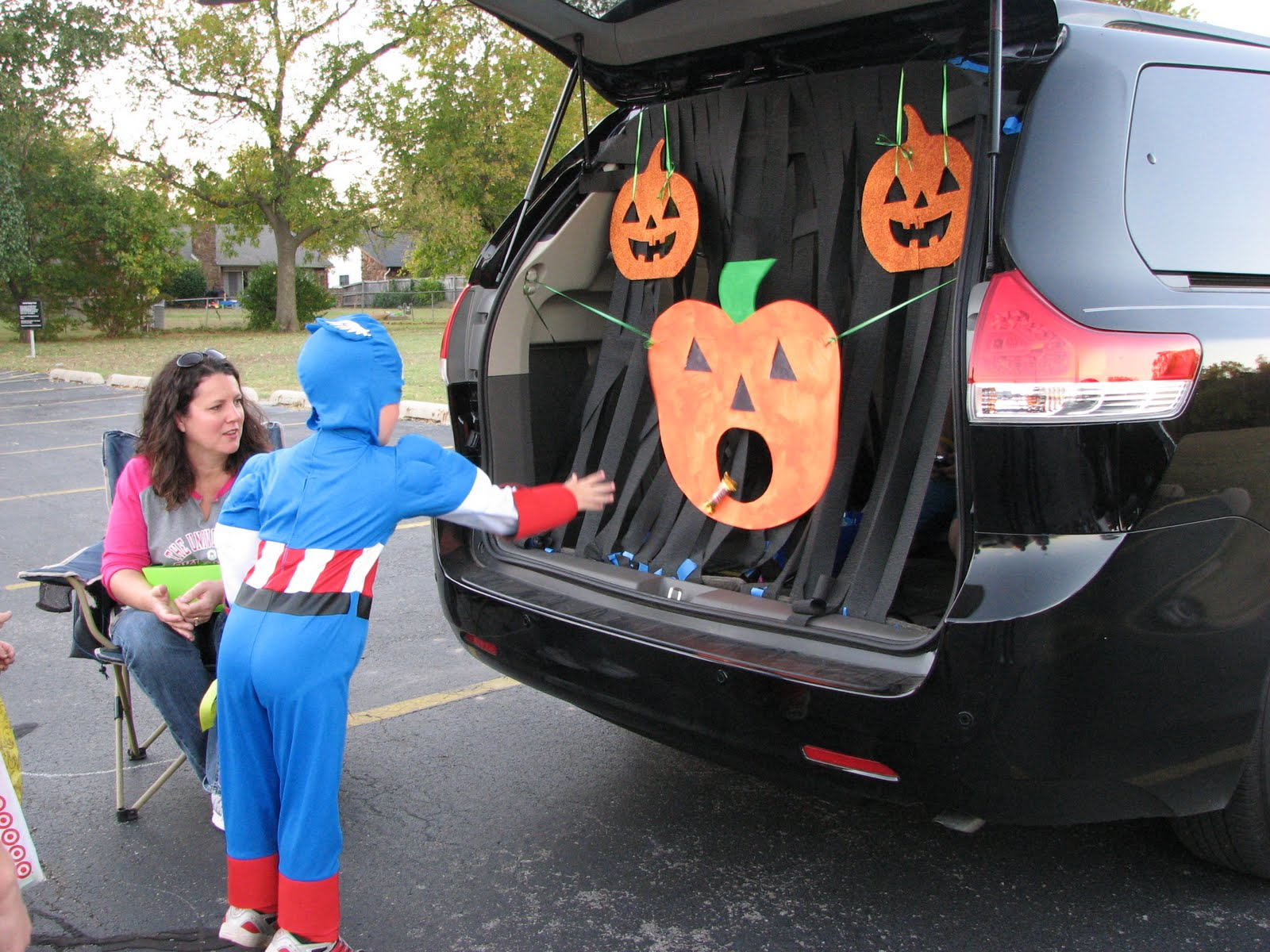 christian trunk or treat decorating ideas | just b.CAUSE