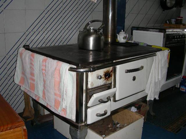 Cocinas a le a taringa for Cocinas de hierro antiguas