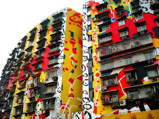 Grafiti Terpanjang dan Terbesar di Dunia