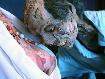 horror 02 Boneka boneka Ngeri