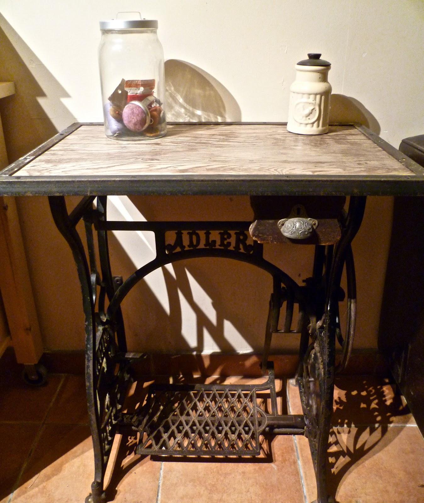 Atelier industriel - Table machine a coudre ancienne ...