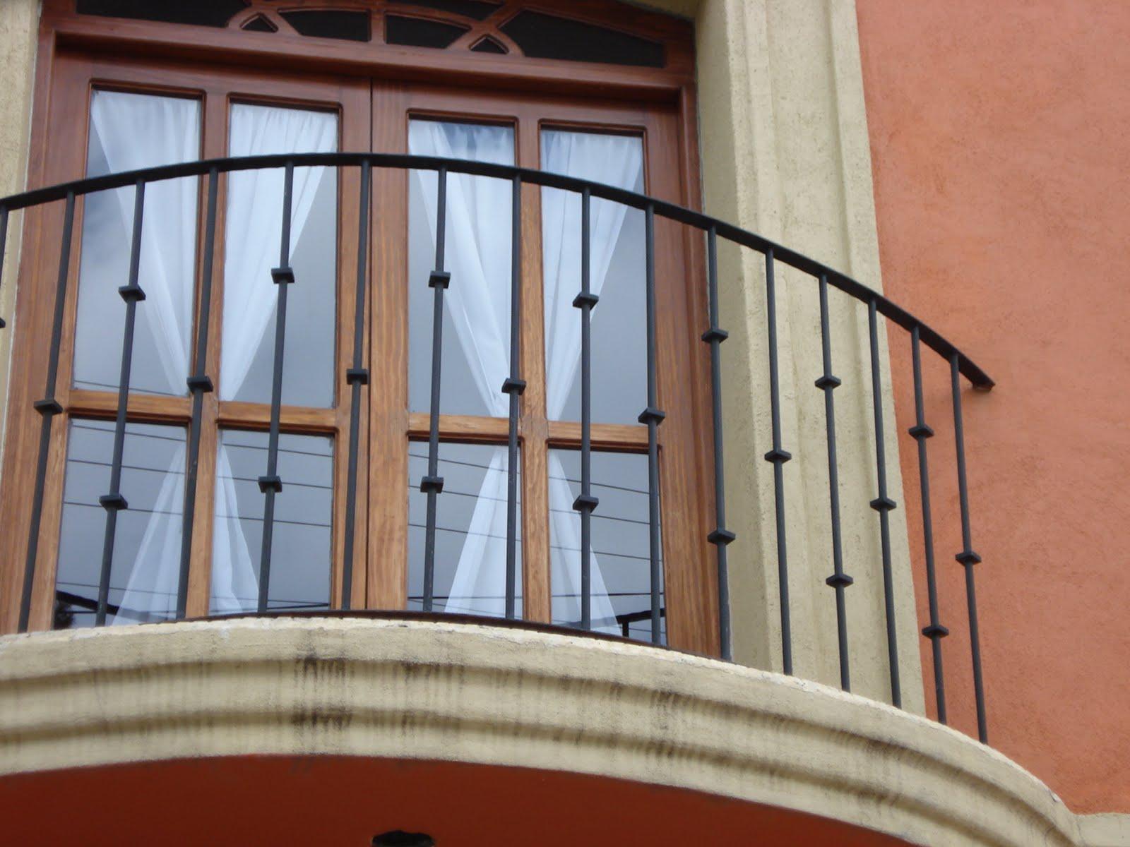 Herreria sil balcones for Modelos de balcones modernos para casas