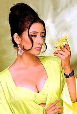 sexy stills of manisha koirala hot cleavage collection