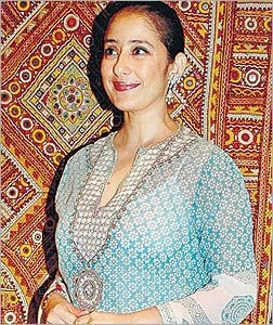 hot actress manisha koirala nips viewed,manisha koirala breast,bra sexy photos