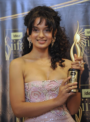 free downloading wallpapers of bollywood actress Kangana Ranaut