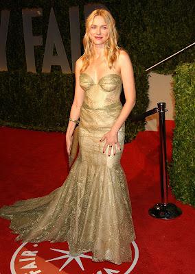 2009 الفساتين naomi-watts-01.jpg