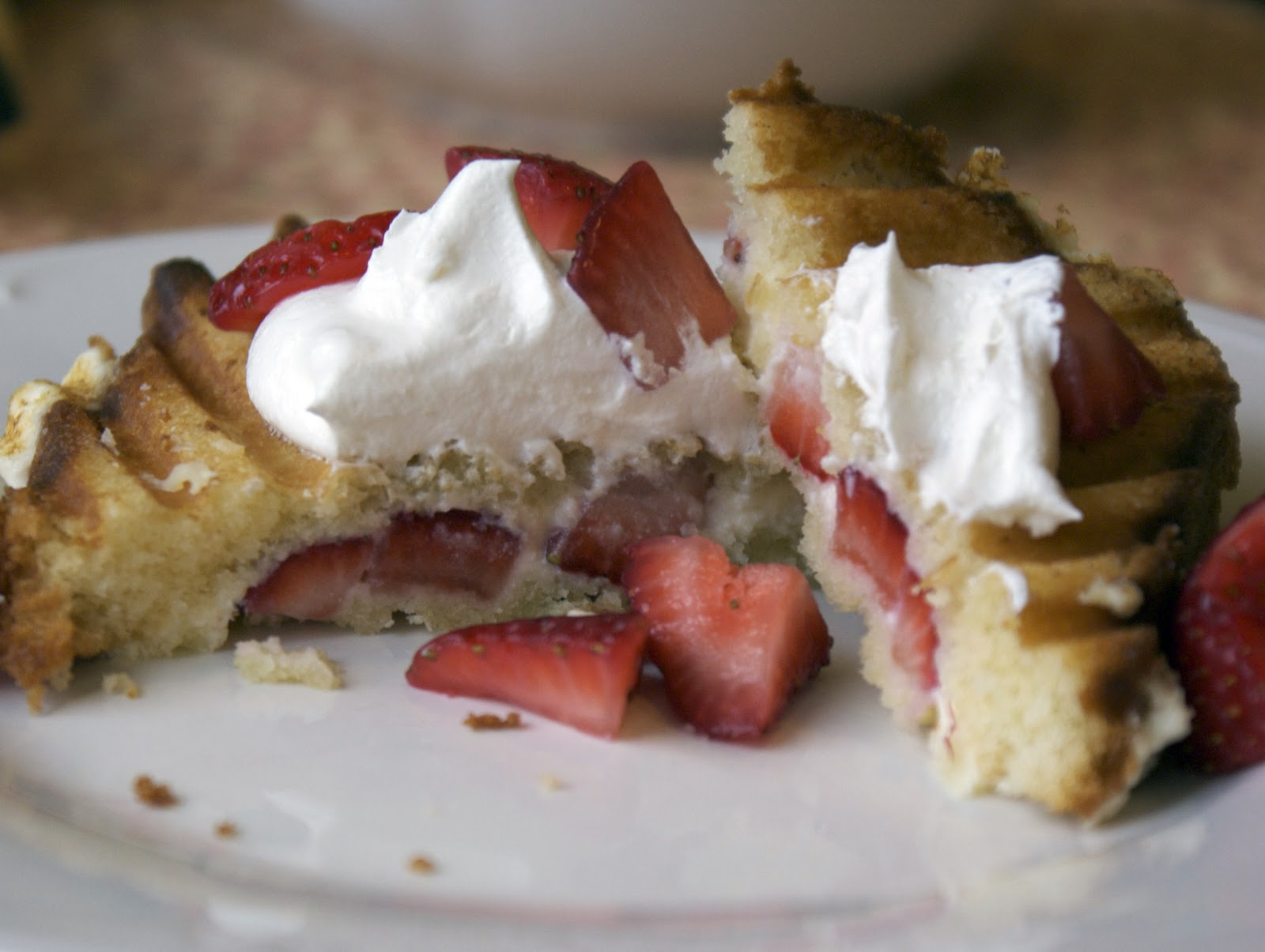 ricotta strawberry breakfast paninis