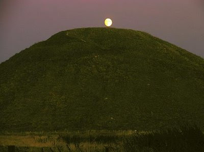 Moon over Silbury