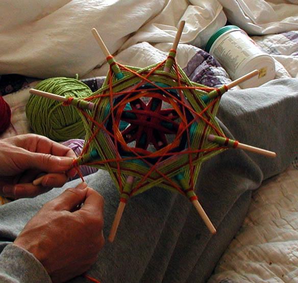 Как сделать игрушку из киндера сюрприза своими