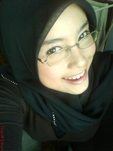 http://1.bp.blogspot.com/_d6Z9kc3Uuoc/SNCKC7kP85I/AAAAAAAABAs/_Xu_cqIhwCo/s1600/gadis-melayu-boleh-15.jpg