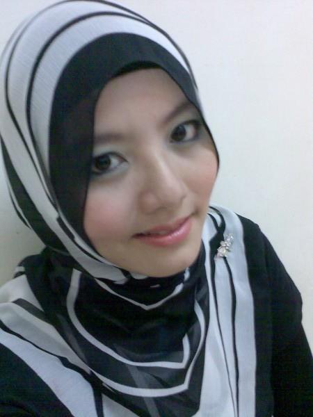 http://1.bp.blogspot.com/_d6Z9kc3Uuoc/Shd9QsEp0eI/AAAAAAAACss/_JaqqdGIhMQ/s1600/gadis-melayu-boleh1.jpg